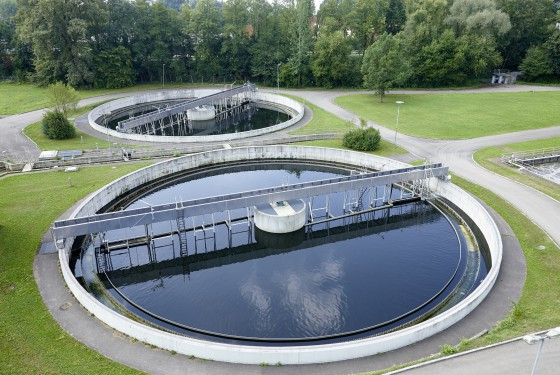 Clarifier tank a sewage treatment plant